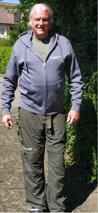 Bild zum Artikel: WakeNews TV Hooded Jacket